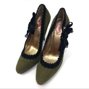 Hale Bob Green Pumps Black Trim